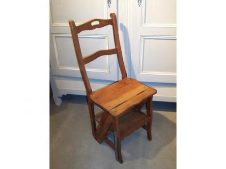 Escabeau chaise de biblioth que table de lit for Chaise escabeau